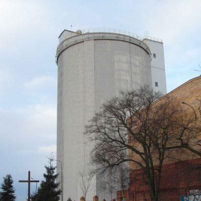 gora_silos